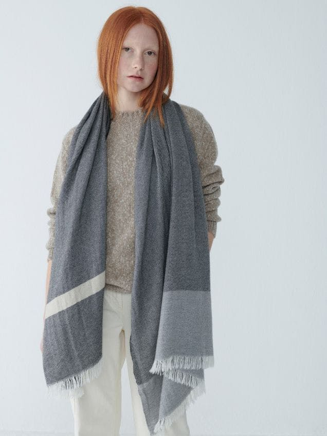 Women's White Grey Oversized Cashmere Scarf | Begg x Co